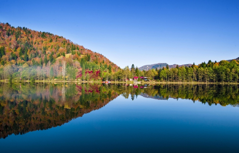 Tam Mevsimi... Haydeee Borçka Karagöl'e - FOTO GALERİ