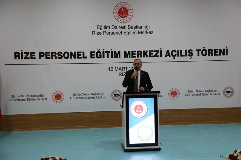Adalet Bakanı Abdülhamit Gül Rize'de