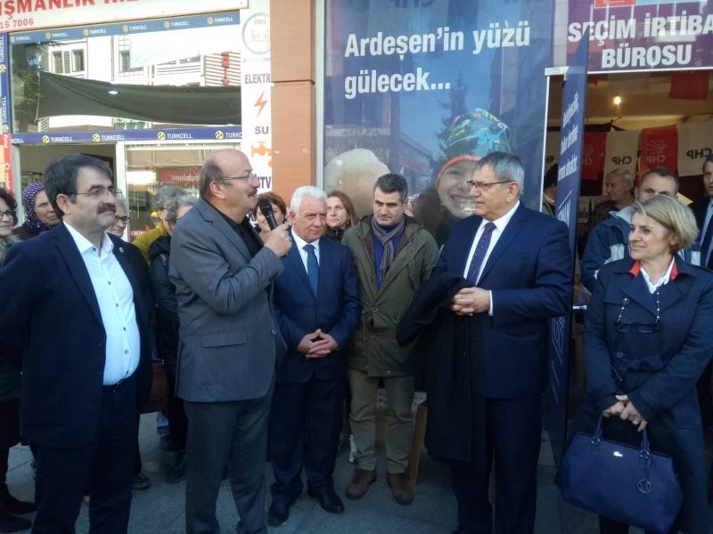Mehmet Bekaroğlu: Cumhur İttifakı Milleti İkiye Böldü