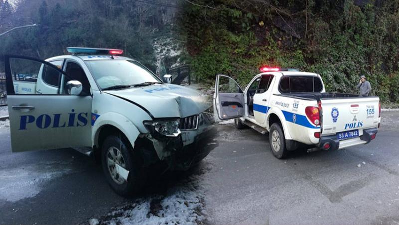 Çamlıhemşin'de Polis Aracı Kaza Yaptı