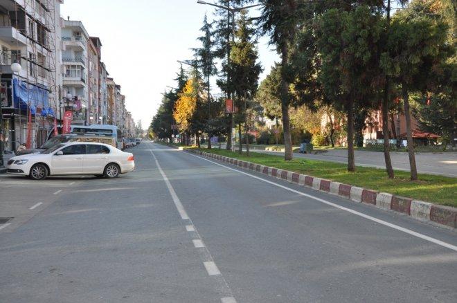 Ardeşen'e Sokak ve Caddeler Boş Kaldı