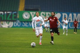 Çaykur Rizespor Kupada Son 16'ya Yükseldi