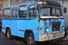 Hurda Vaziyette Olan Minibüsü Öyle Hale Getirdi Ki!