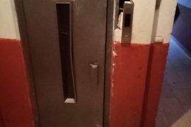 Asansörde Sıkışan Kadın Hayatını Kaybetti