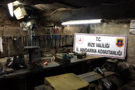 Ardeşen'de Kaçak Silah İmalathanesine Operasyon