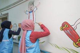 Rize'de Hastane Duvarları Renklendirildi