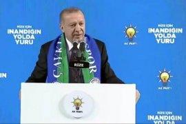 Cumhurbaşkanı Erdoğan Rize'de Coşkulu Kalabalığa Seslendi