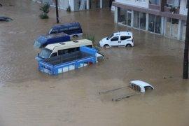İçişleri Bakanı Rize'deki Son Durumu Havadan İnceledi