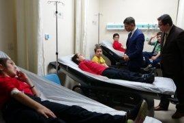 13 Öğrenci Lahmacundan Zehirlendi