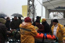 Arhavi'de Pazar Yeri Çadırı Çöktü