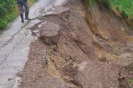 Rize'de Kapanan 38 Köy Yolunun 29'u Açıldı
