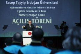 Cumhurbaşkanı Erdoğan Gündemi Rize'de Değerlendirdi