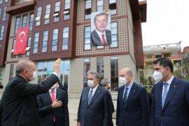 Cumhurbaşkanı Erdoğan Rize'de Cami Açılışında...