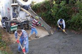 Rize'de Köylü Kolları Sıvadı, 20 Yıllık Sorunu Çözdü