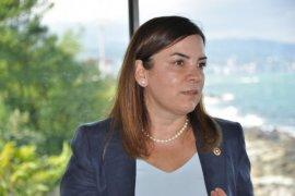 MHP İstanbul Milletvekili Arzu Erdem Ardeşen'de