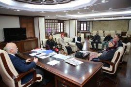 Ardeşen Kent Konseyi'nden Bld. Bşk. Kahya'ya Ziyaret
