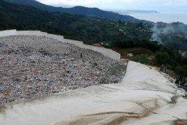 Tabiat Parkının Dibinde Çöp Toplama Tesisi