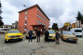 Taksiciler Sağlık Çalışanlarını Ücretsiz Taşıyacak
