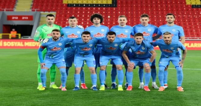 Çaykur Rizespor'a Bir Darbe de Göztepe'den...