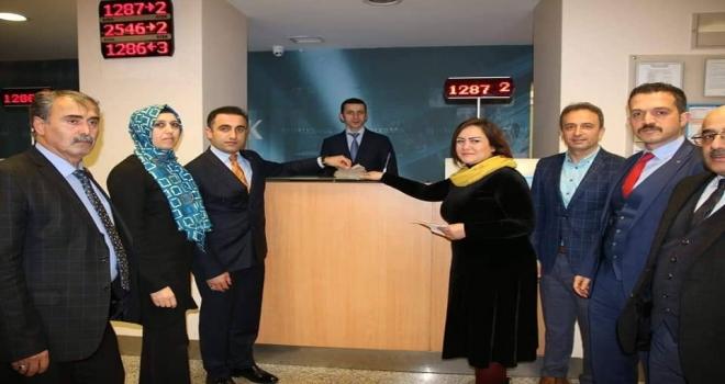 Öğrencilerden Lösemili Arkadaşlarına 8 Bin TL'lik Katkı
