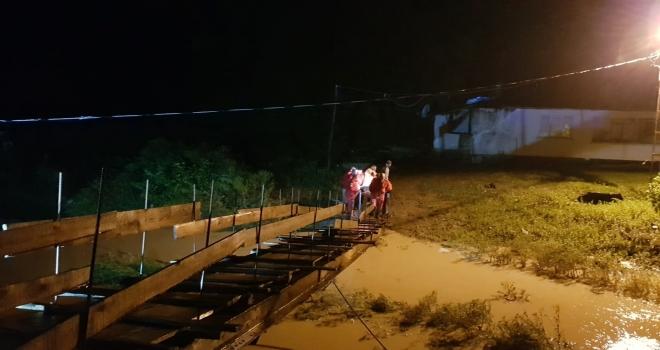 Şiddetli Yağış Artvin'de de Etkili Oldu