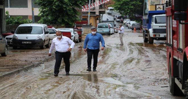 Rize'de Yağmur... 20 İş Yerini Su Bastı
