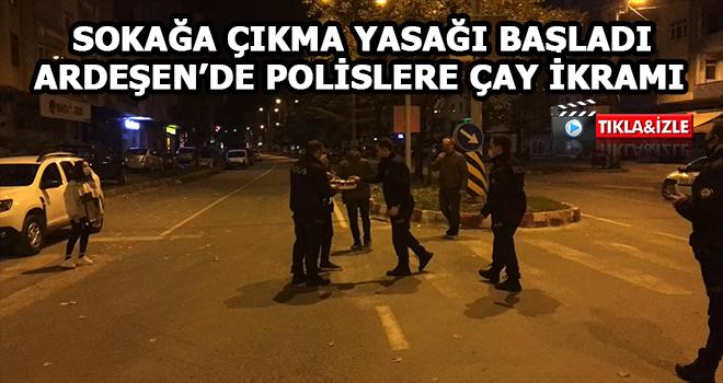 Rize'de Görev Başındaki Polislere Çay İkramı