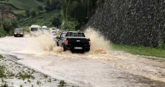 Rize ve Artvin İçin Kuvvetli Yağış Uyarısı