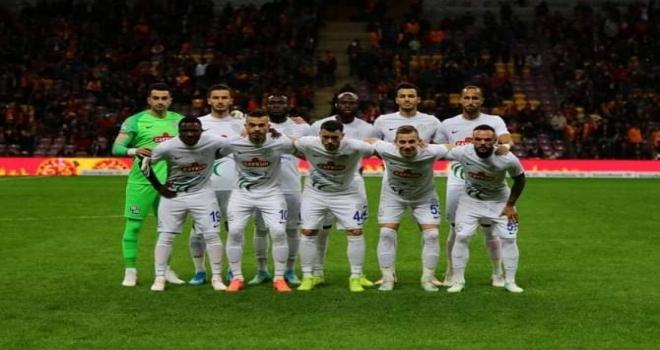 Çaykur Rizespor Galatasaray'a Diş Geçiremedi