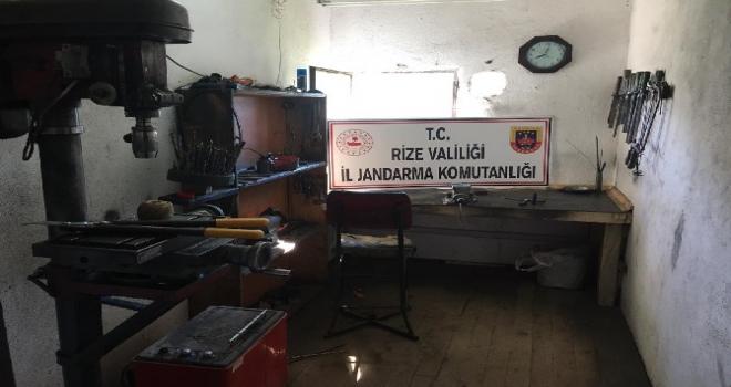 Ardeşen'de Kaçak Silah Atölyesine Operasyon Yapıldı