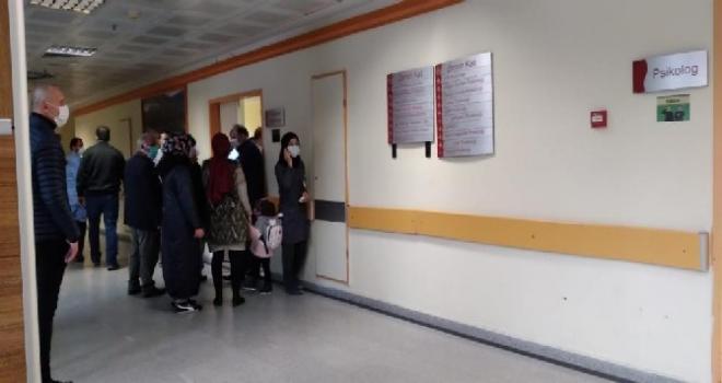 Rize'de Doktora Görevi Başında Orakla Saldırı