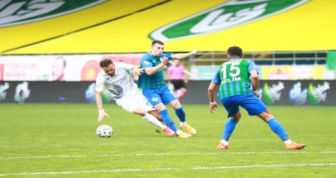 Çaykur Rizespor 8 Gollü Müthiş Maçı Kazandı